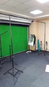ساخت استودیو کروماکی - کروماکی سبز - استودیو فیلمبرداری خانگی - ساخت فیلم آموزشی - کیت پرده سبز - استودیو کروماکی خانگی - ساخت فیلم آموزشی